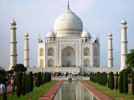 Visit Taj Mahal by Moonlight CTS Horizons.JPG