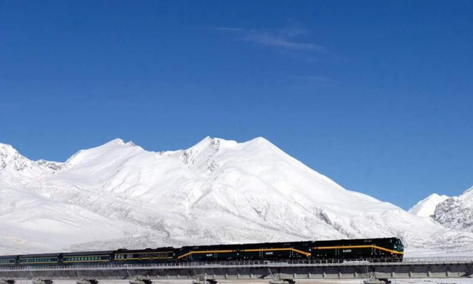 Train journeys in CHina.jpg