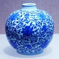 porcelain jar.jpg